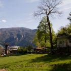 Ein kleiner Weiler auf dem Weg zum Sektor Ruino