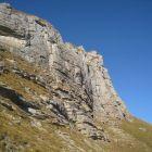 Der Klettergarten befindet sich in der rechten Bildhälfte