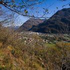 Blick auf das Dorf Galbisio vom Sektor Falesia dei militari