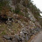 Beim Steinmannli gehts links den Wald hoch
